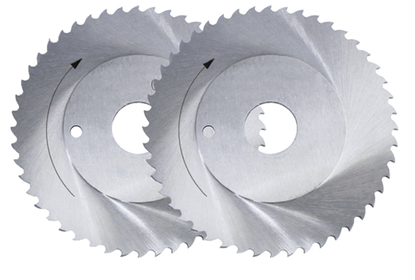 Attentions when using the HSS saw blade
